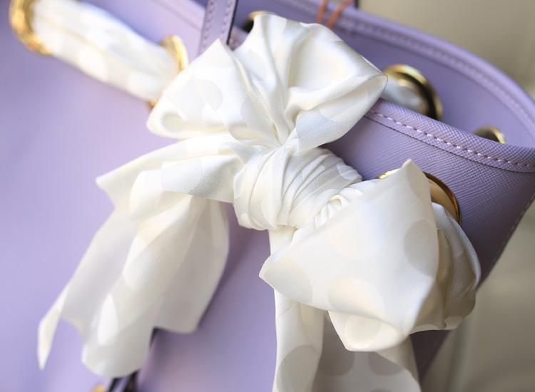MK丝巾包 Michael Kors 浅紫十字纹牛皮蝴蝶结真丝巾女士手提单肩包购物袋