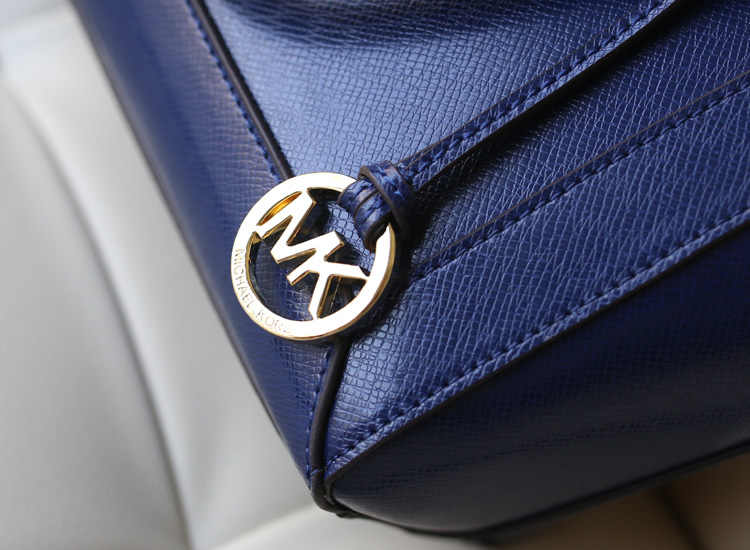 热销MK女包 Michael Kors 杀手包蓝色原版十字纹牛皮手提包斜挎包
