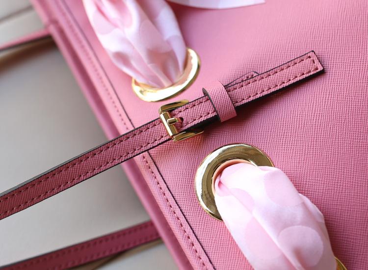 热销女包MK丝巾包 Michael Kors 粉色原版牛皮蝴蝶结真丝巾女士单肩手提包购物袋