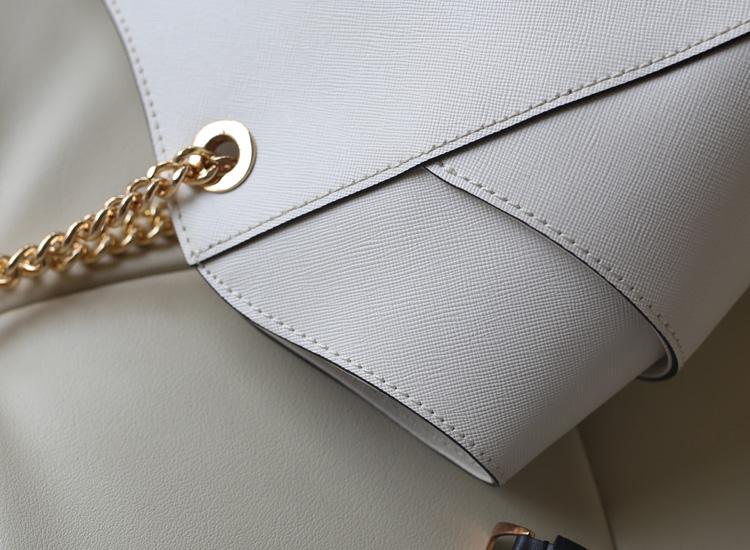 MK女包 Michael Kors 十字纹女包白色 金属链条手提单肩包