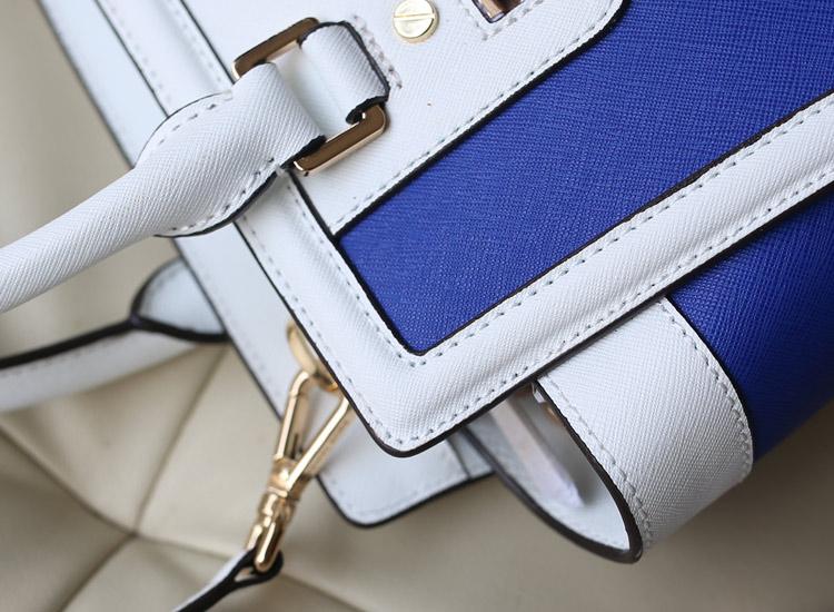 MK新款 十字纹牛皮 真皮拼色蝙蝠包中号 电光蓝拼白色