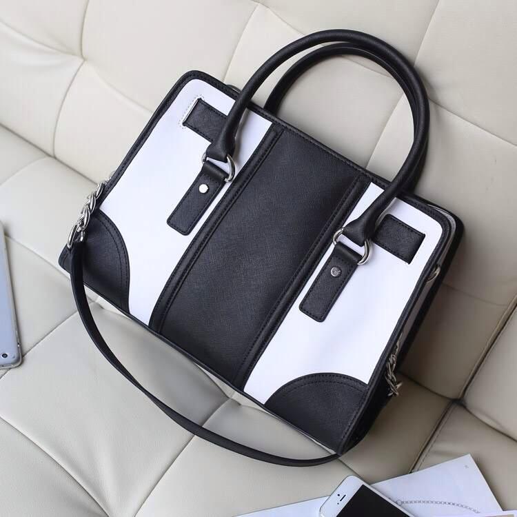 MK包包批发 专柜新款原版牛皮拼色铆钉锁头包白色 手提斜挎女包