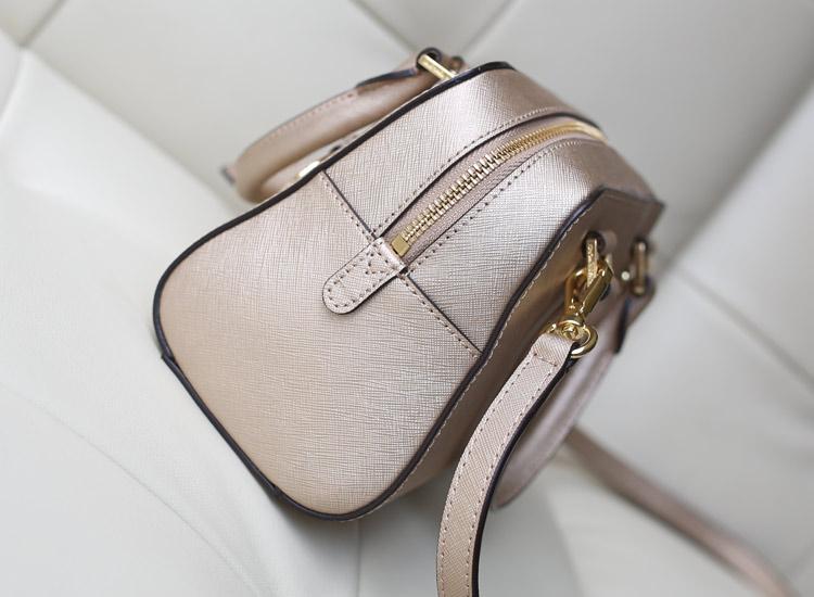 MK包包批发 2014专柜新款枕头包原版皮 金色 手提包牛皮女包