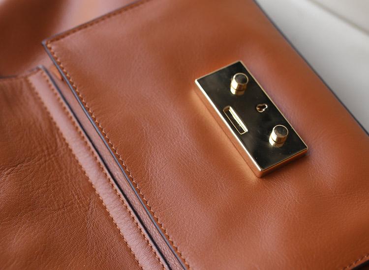 一件代发 MK顶级原版皮秋冬新款韩国进口头层小牛皮女包 手提单肩包 棕色