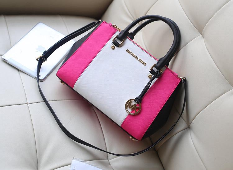 时尚新款女包 MK dressy/sutton 杀手包小号原版进口十字纹牛皮手提包 荧光玫红拼白色