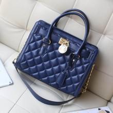 MK包包批发 2014专柜同步新款原版羊皮菱格包中号锁头包 高档女包手提单肩包 宝蓝色