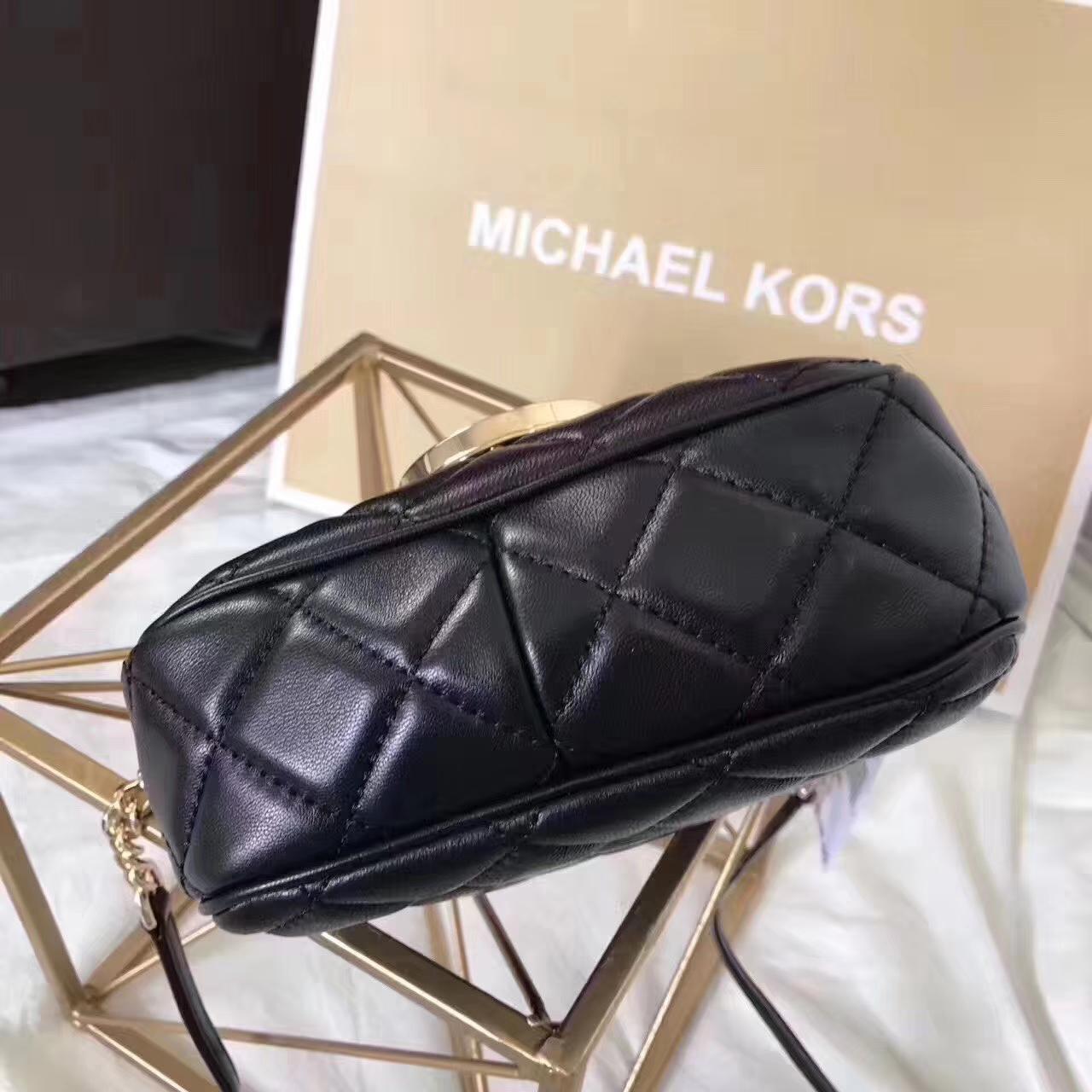 MK新款女包 迈克尔高仕黑色进口小羊皮单肩圆方包斜挎包18CM