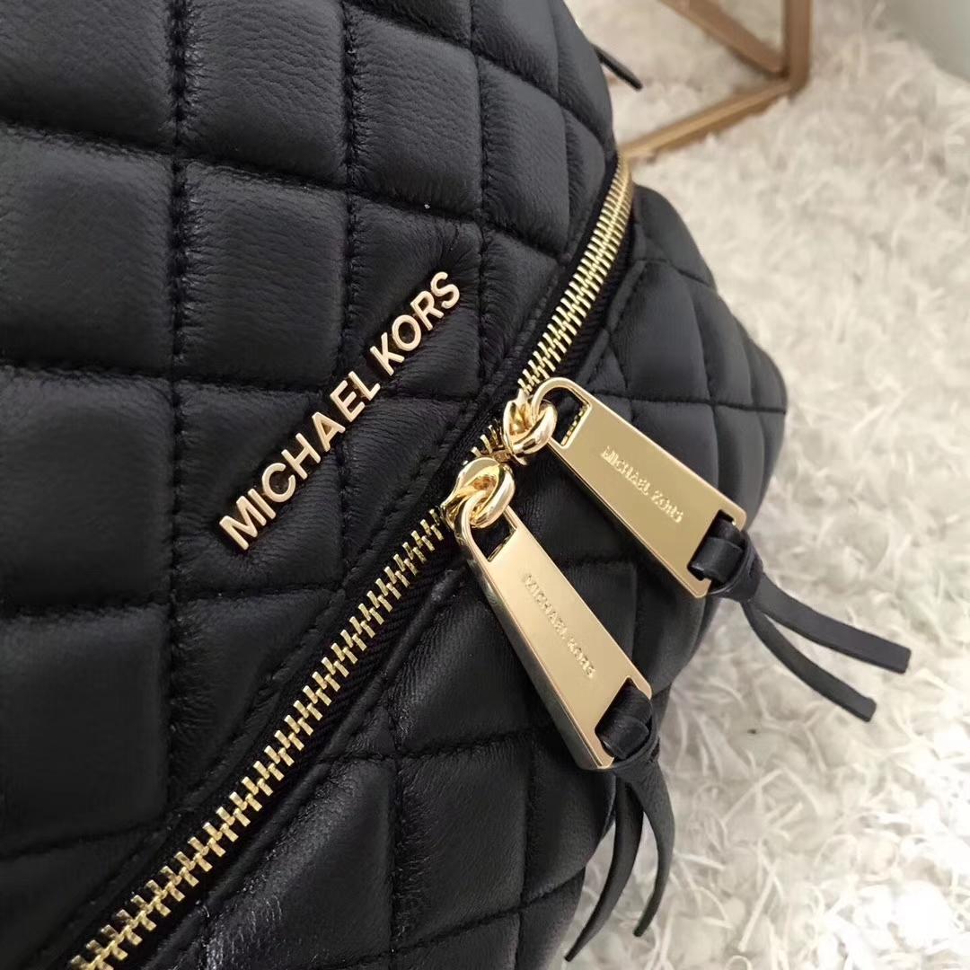 MK新款女包 迈克科尔斯进口牛皮菱格纹MK双肩包背包27*31cm 黑色
