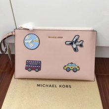 迈克科尔斯手包 mk进口十字纹牛皮自由贴拉链手包29*18CM 粉色