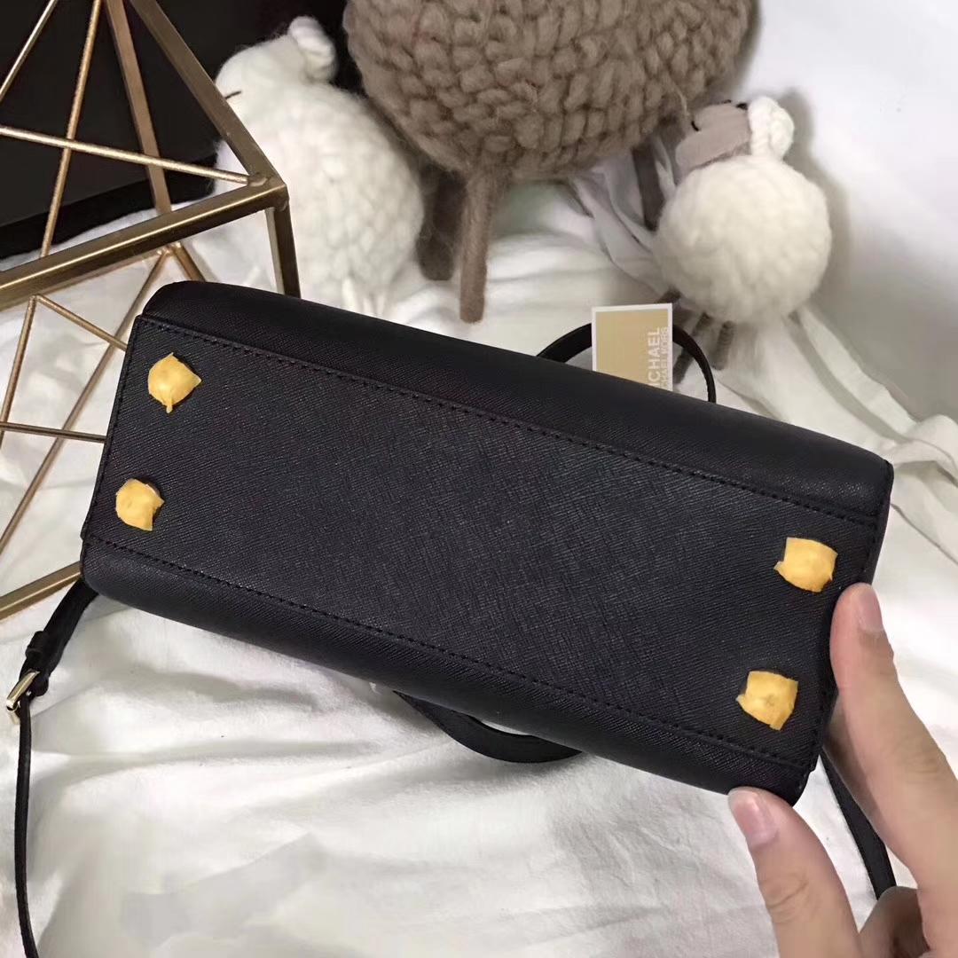 迈克科尔斯MK玳瑁包新款 黑色进口十字纹牛皮单肩女包小号24cm