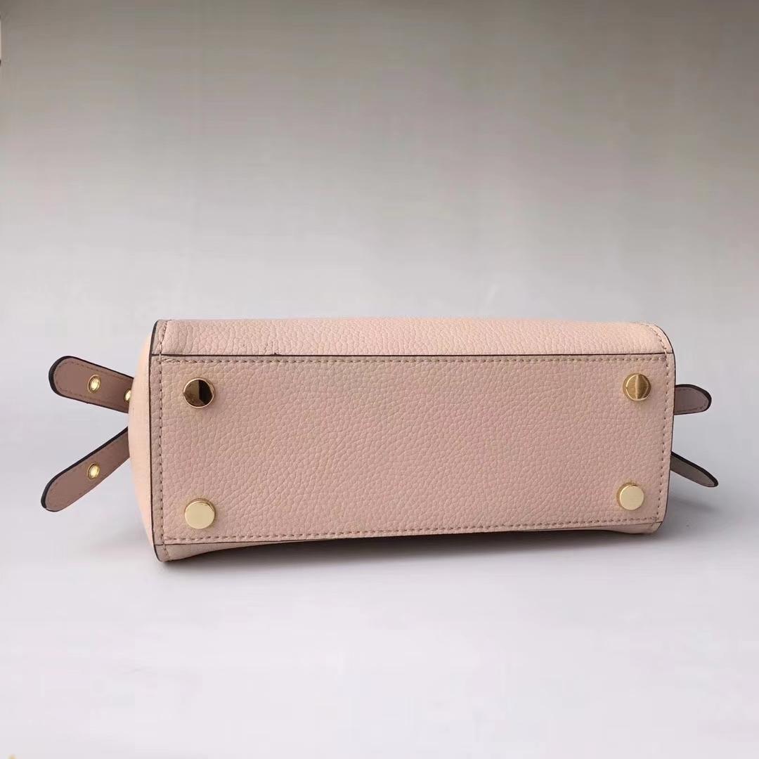 迈克高仕女包 MK Bristol新款摔纹牛皮铆钉剑桥包翻盖手提包包 粉色