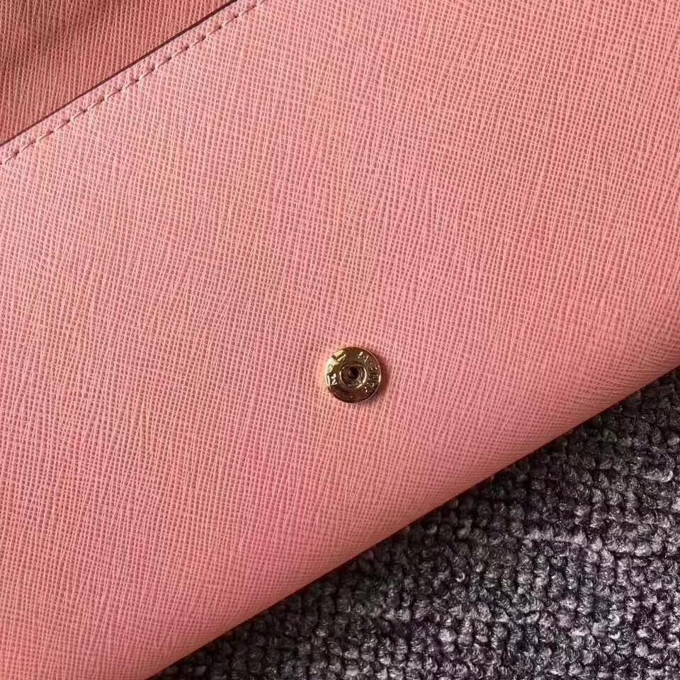 MK钱包批发 迈克科尔斯虾进口十字纹牛皮长款翻盖钱夹卡包19cm 虾粉色