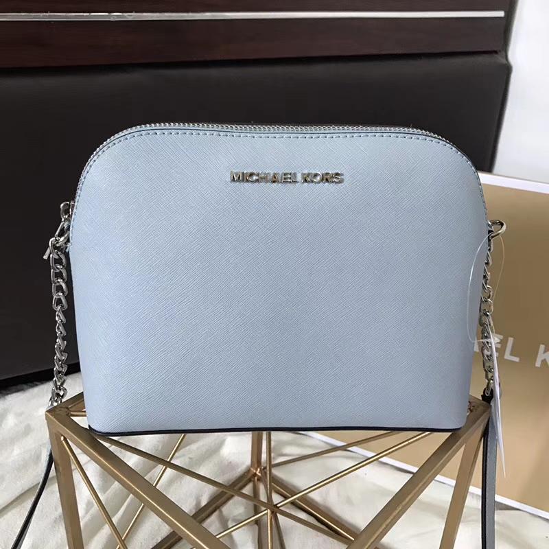 厂家直销 MK迈克科尔斯原单十字纹牛皮链条斜挎小号贝壳包23cm 浅蓝色