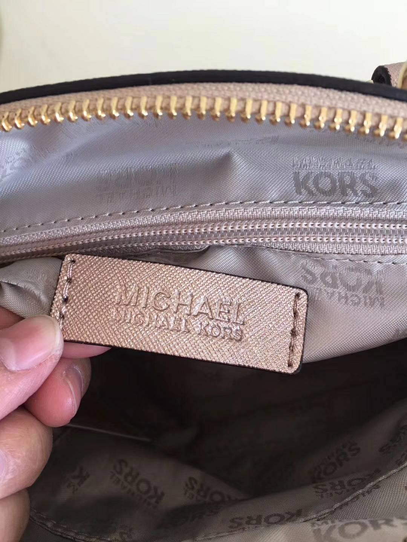 MK包包官网 迈克科尔斯原单十字纹牛皮新款贝壳包手提单肩包25cm 玫瑰金