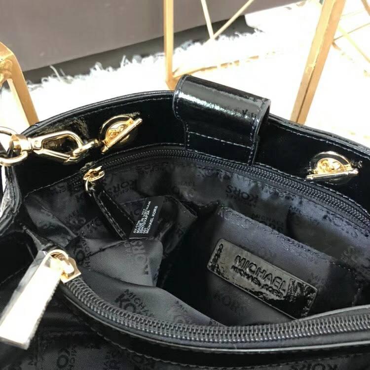 MK包包批发 迈克科尔斯黑色进口漆皮菱格链条单肩女包斜挎包