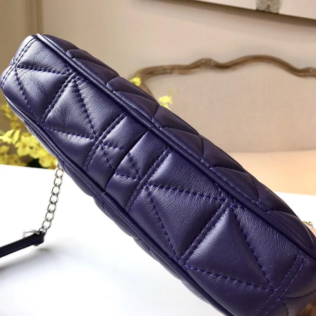 迈克科尔斯包包 MK宝蓝色原单小羊皮三角刺绣链条斜挎女包23cm