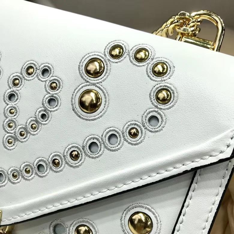迈克科尔斯官网 MK吉普赛风格Whitney刺绣装饰链条单肩女包23.5cm 白色