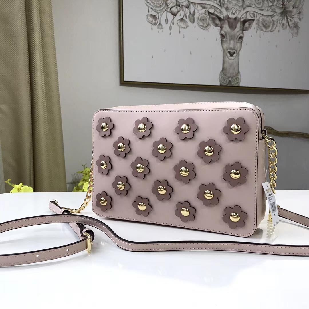 厂家直销 MK迈克科尔斯纳帕牛皮太阳花饰系列斜挎方包女包24CM 粉色