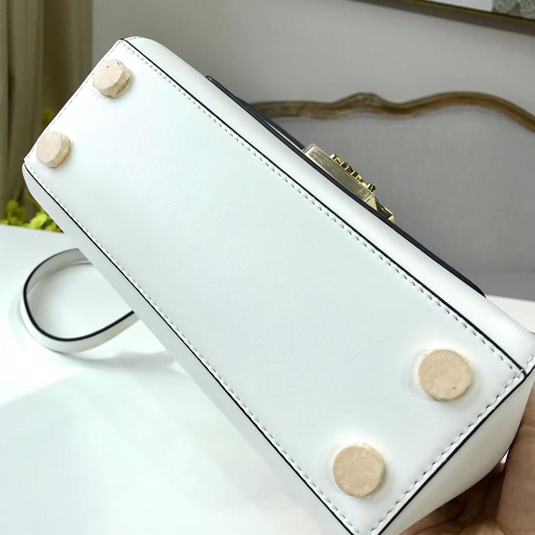 厂家直销 MK迈克科尔斯白色牛皮手提女包Mindy手袋单肩斜挎包22cm