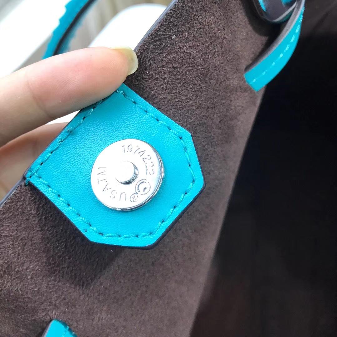 MK新款女包 迈克科尔斯MK湖水蓝纳帕牛皮编织手柄水桶包单肩包26cm