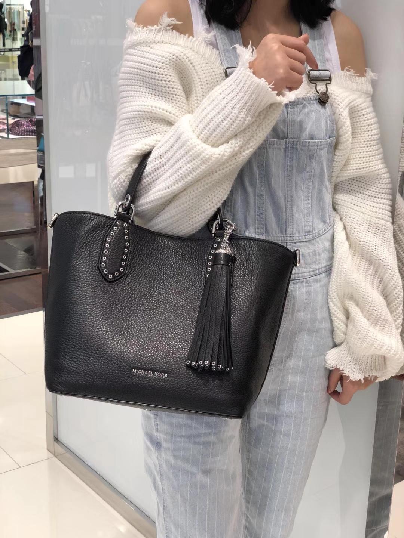 迈克科尔斯包包 MK头层荔枝纹牛皮纯原宽肩带新款变型包手提单肩女包25CM 黑色