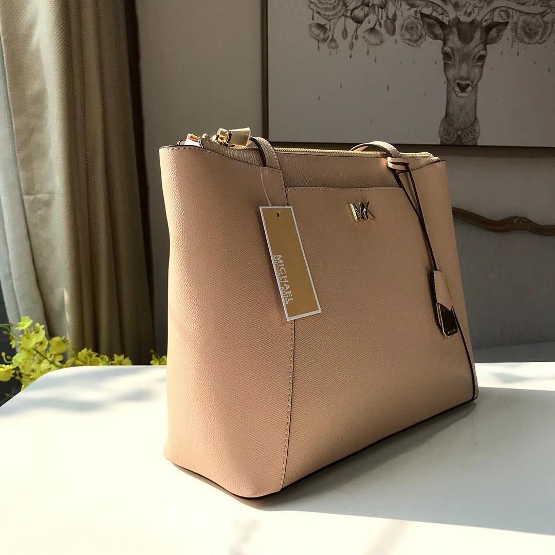 迈克科尔斯官网 MK裸粉色十字纹牛皮新款购物袋单肩女包33CM