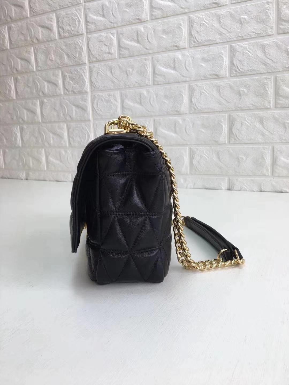 迈克科尔斯包包价格 MK黑色进口羊皮菱格链条单肩斜挎女包26CM