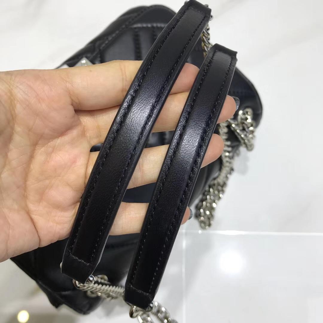 MK女包价格 迈克高仕2018秋冬新款黑色羊皮链条单肩斜挎包包