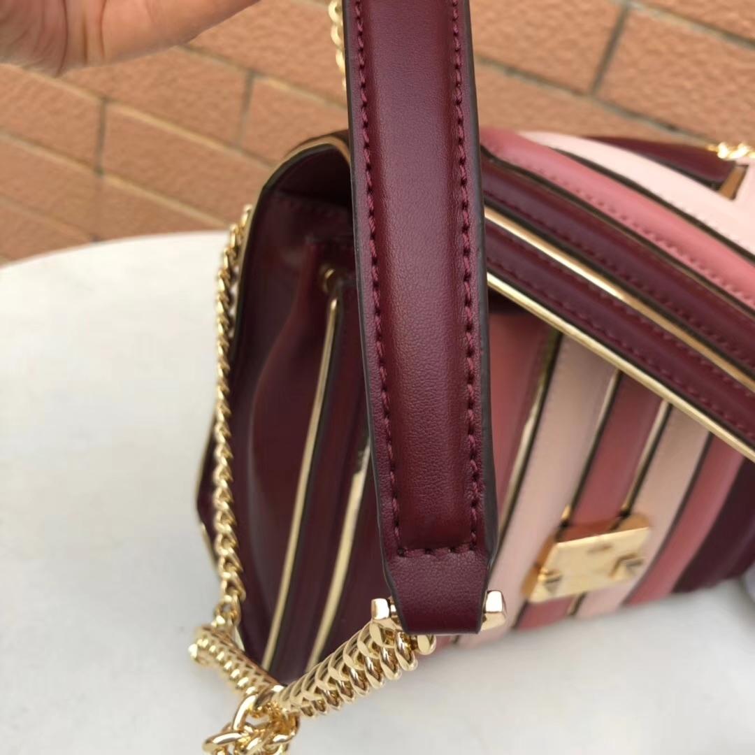 MK包包批发 迈克科尔斯新款原单牛皮拼接Whitney链条单肩包斜挎包25CM 红色