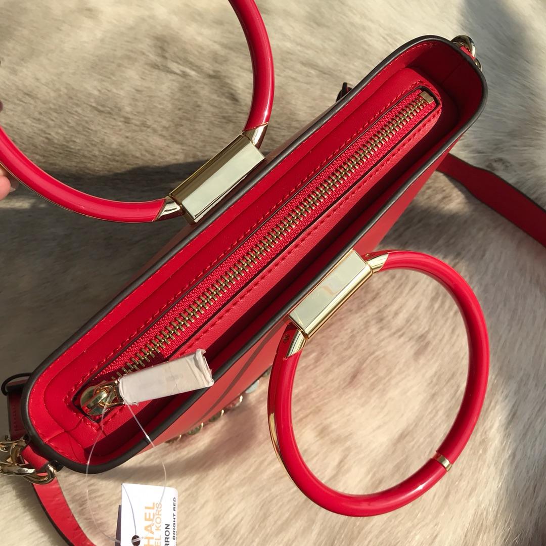 MK2019新款包包 迈克高仕红色纳帕牛皮圆环水桶包手提单肩斜挎包21.5CM