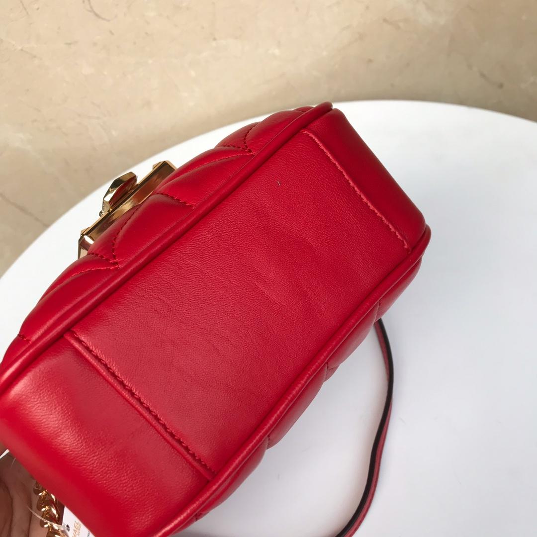 迈克科尔斯包包 MK2019新款小香风羊皮链条翻盖包斜跨包包19CM 红色